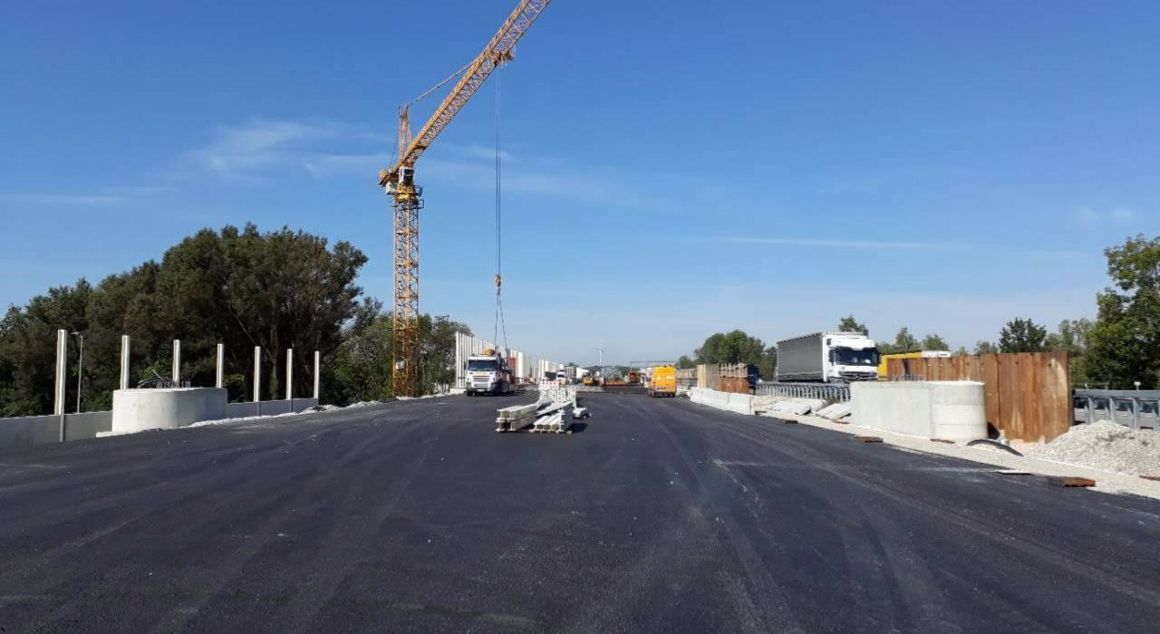 Fundamente A99 (8-str. Ausbau Autobahnkr. M.-Nord – Anschluss A./Ismaning)